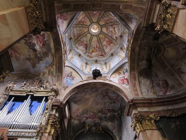 2501 Guilio church ceiling