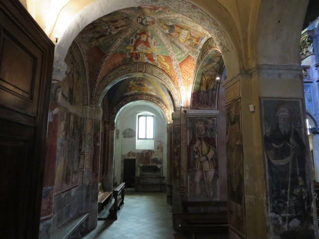 2503 Orta church inside2