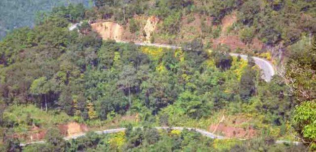 Mae Hong treachorous road